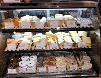 「チーズのちから」店内