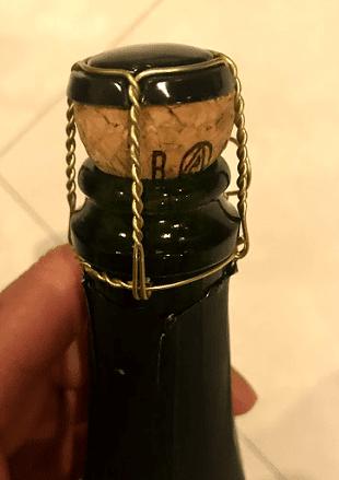 菊泉  ひとすじ 発泡純米酒の栓の造り